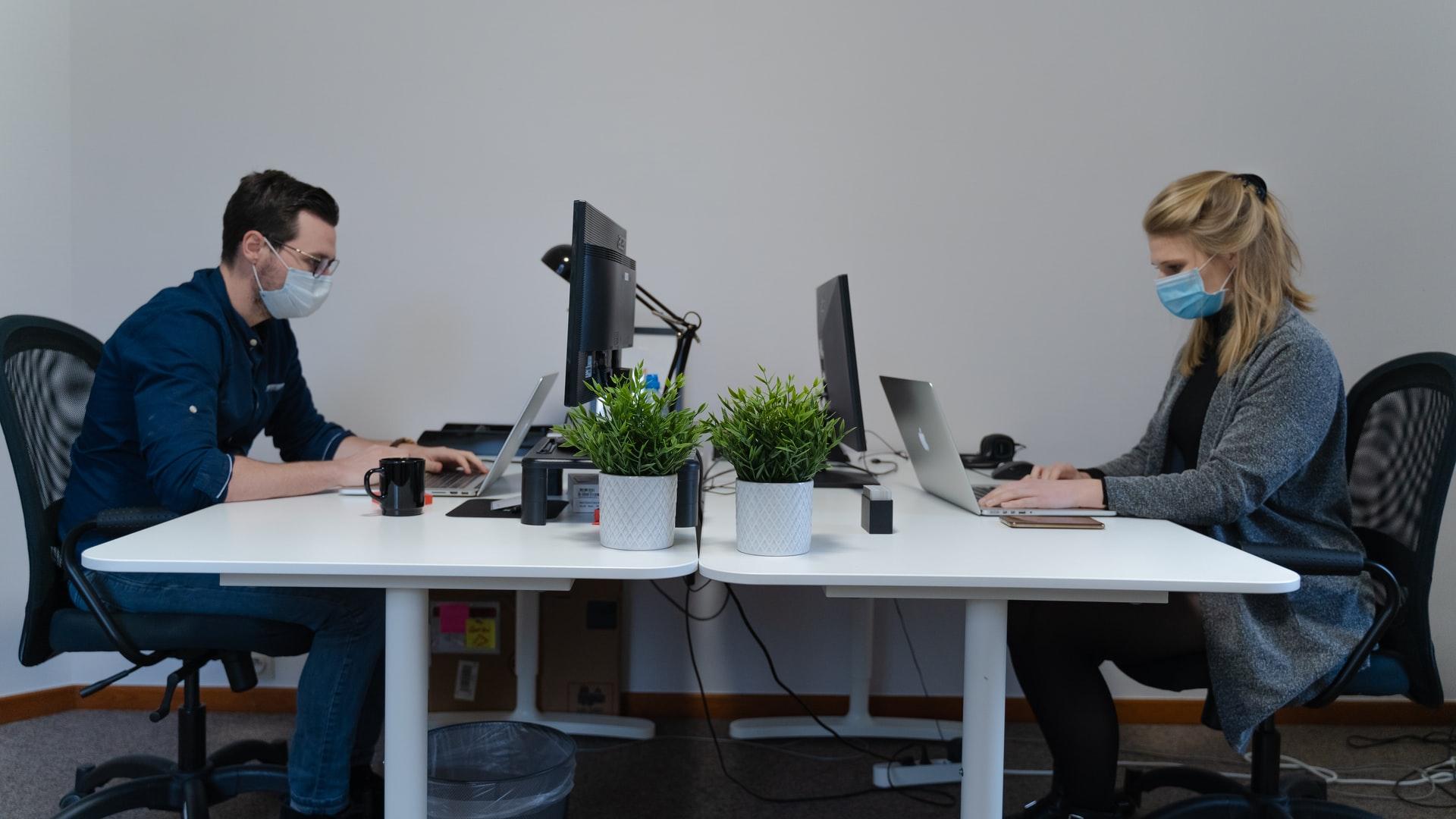 hybrid office